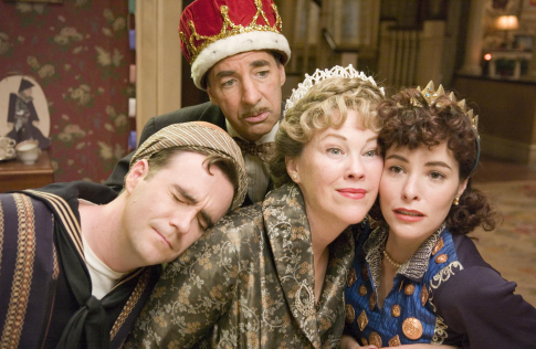Parker Posey, Catherine O'Hara, Christopher Moynihan, and Harry Shearer in For Your Consideration (2006)