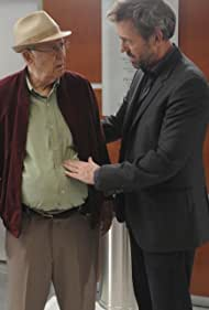 Carl Reiner and Hugh Laurie in House M.D. (2004)