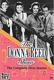 Shelley Fabares, Donna Reed, Carl Betz, and Paul Petersen in The Donna Reed Show (1958)