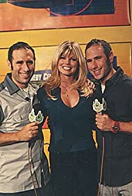 Floor interviewers, Donna D'Errico and the Sklar twins