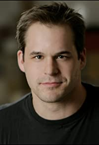 Primary photo for Kyle Bornheimer