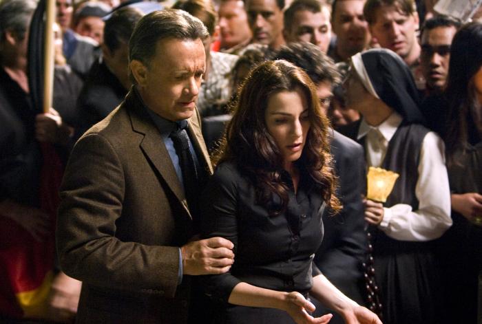 Tom Hanks and Ayelet Zurer in Angels & Demons (2009)