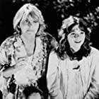 Melinda Dillon, Margaret Langrick, and Joshua Rudoy in Harry and the Hendersons (1987)