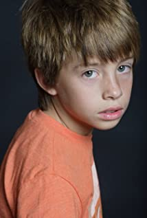 Jimmy Bennett Picture
