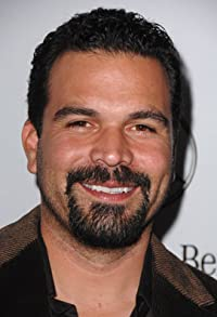 Primary photo for Ricardo Chavira