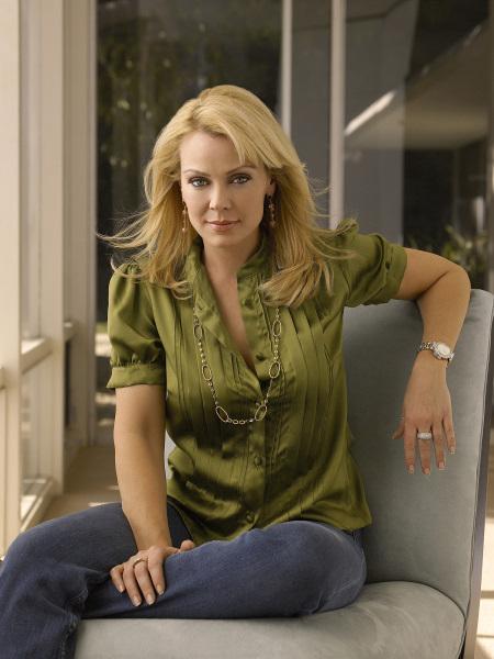 Gail O'Grady in Hidden Palms (2007)