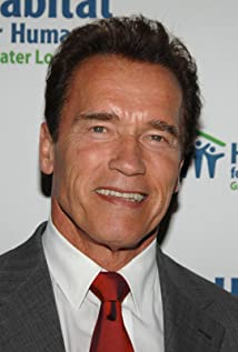Arnold Schwarzenegger New Picture - Celebrity Forum, News, Rumors, Gossip