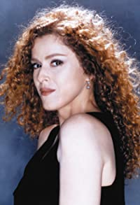 Primary photo for Bernadette Peters