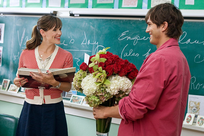 Jennifer Garner and Ashton Kutcher in Valentine's Day (2010)