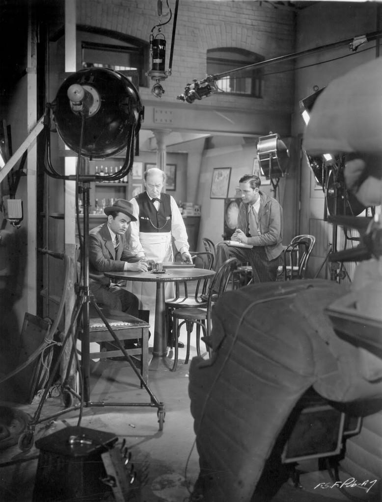 Edward G. Robinson and Mervyn LeRoy in Five Star Final (1931)