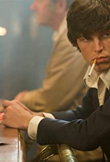Tom Hughes Picture