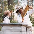 Queen Latifah and Dakota Fanning in The Secret Life of Bees (2008)