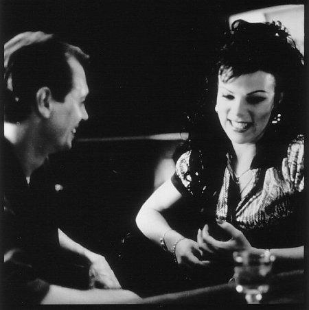 Steve Buscemi and Debi Mazar in Trees Lounge (1996)