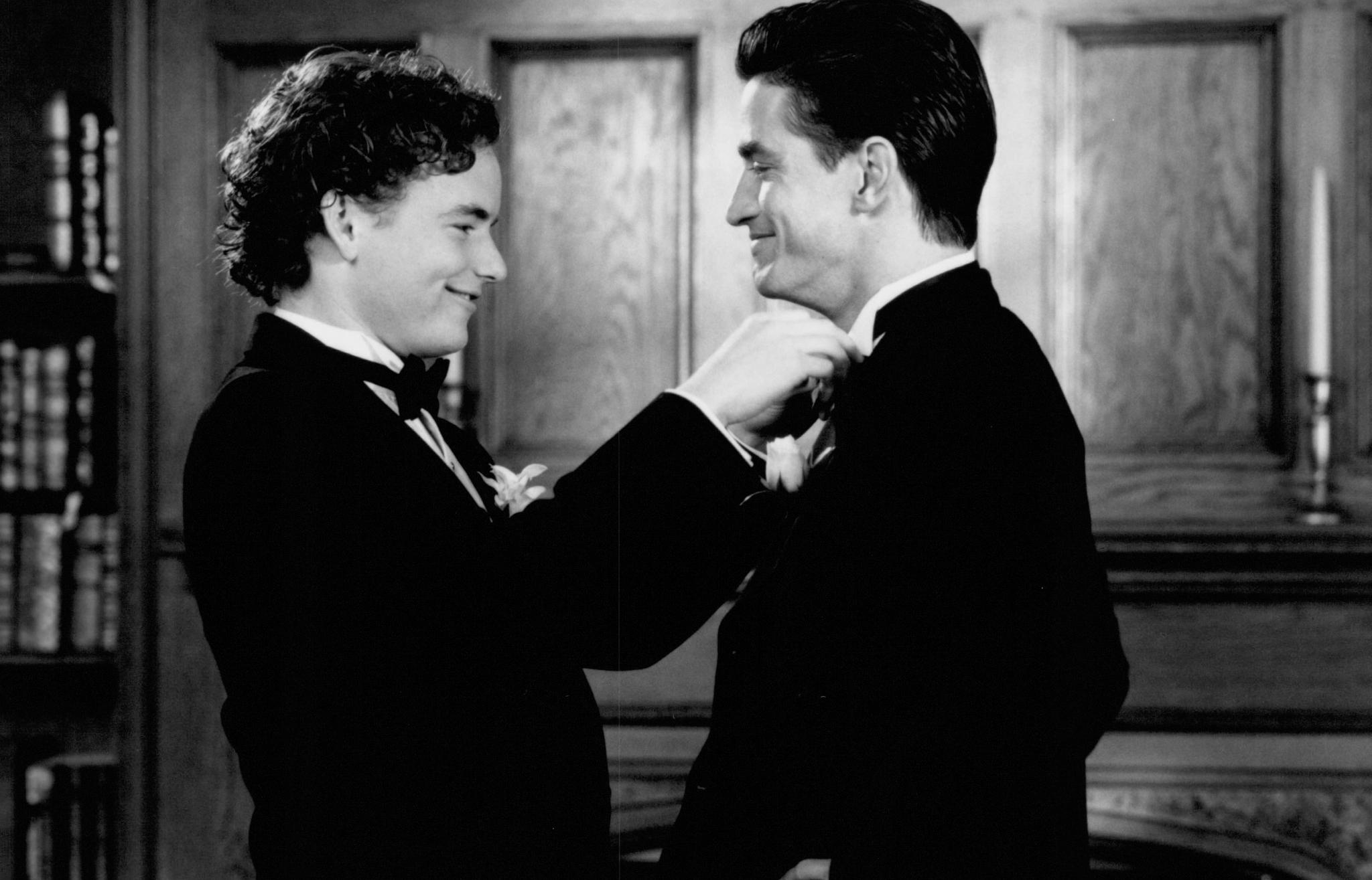 Dermot Mulroney and Christopher Masterson in My Best Friend's Wedding (1997)
