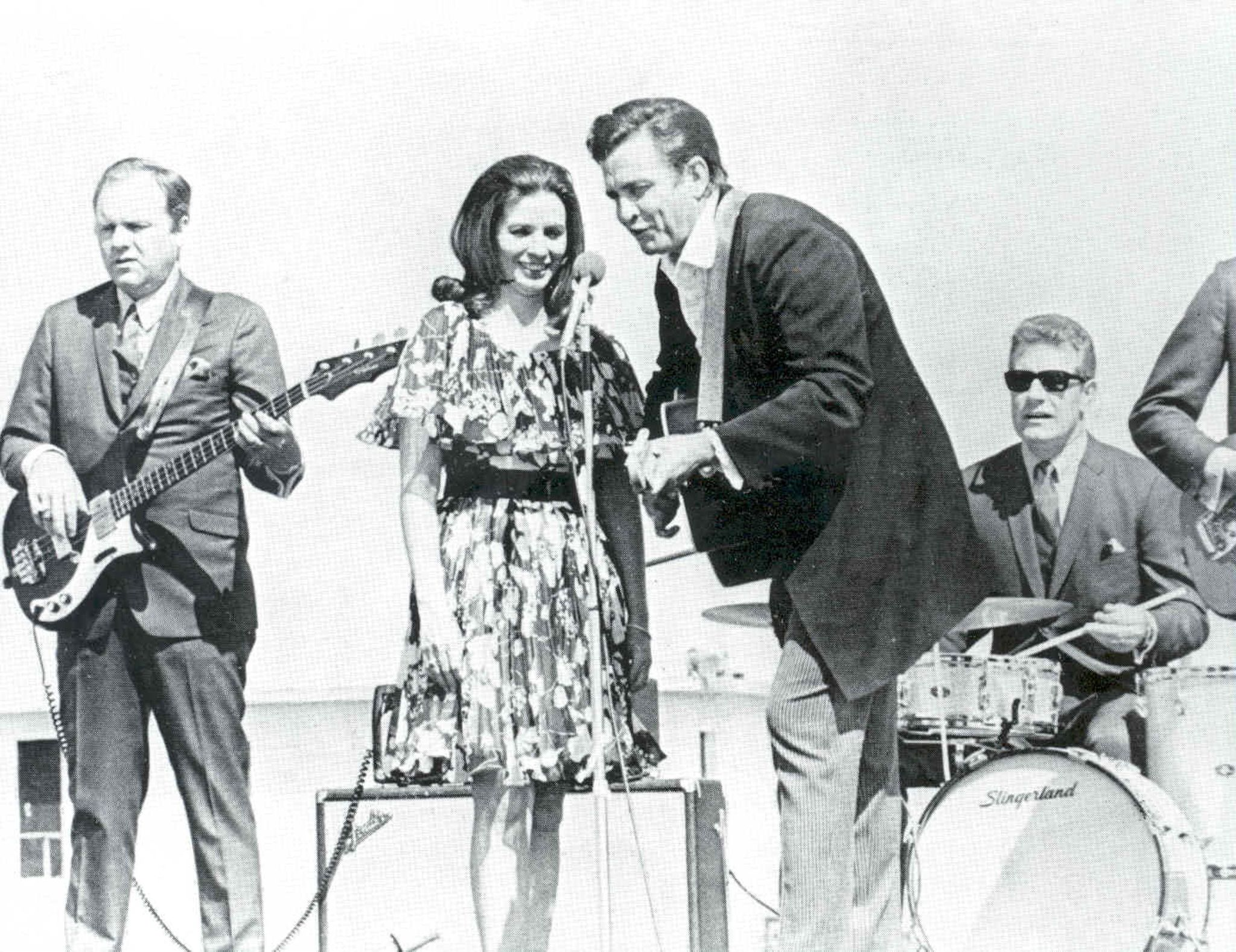 June Carter Cash and Johnny Cash in Walk the Line (2005)