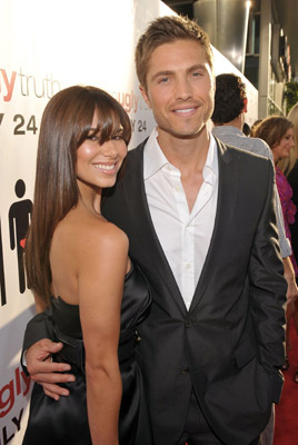 Roselyn Sanchez and Eric Winter at an event for The Ugly Truth (2009)