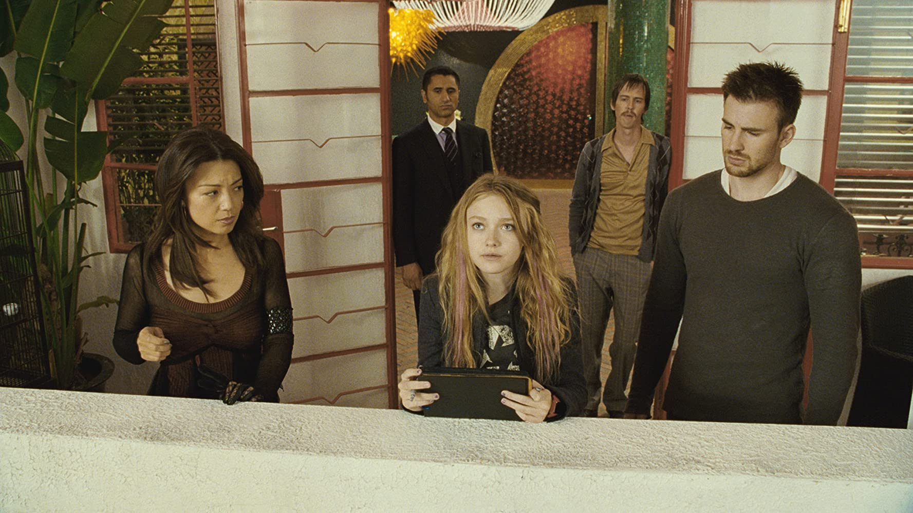 Ming-Na Wen, Cliff Curtis, Chris Evans, Dakota Fanning, and Nate Mooney in Push (2009)