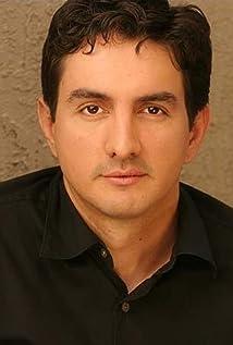 Alberto Carroll Picture