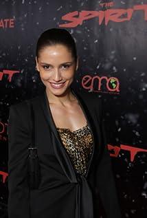 Leonor Varela body