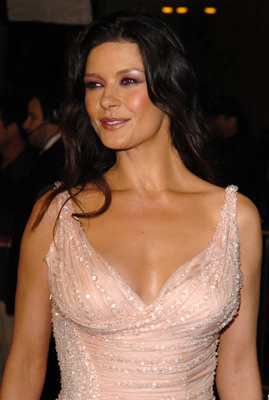 Catherine Zeta Jones At An Event For Oceans Twelve 2004