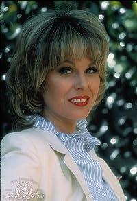 Primary photo for Joanna Lumley