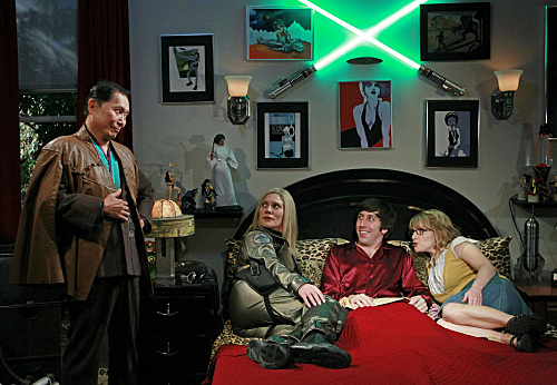 George Takei, Simon Helberg, Katee Sackhoff, and Melissa Rauch in The Big Bang Theory (2007)