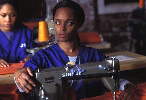 Monica Calhoun (background), N'Bushe Wright
