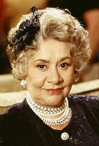 Primary photo for Joan Plowright