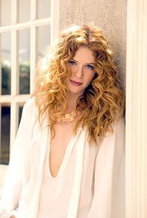 Rachelle Lefevre Picture