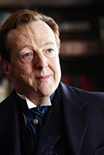 Edward Hibbert Picture