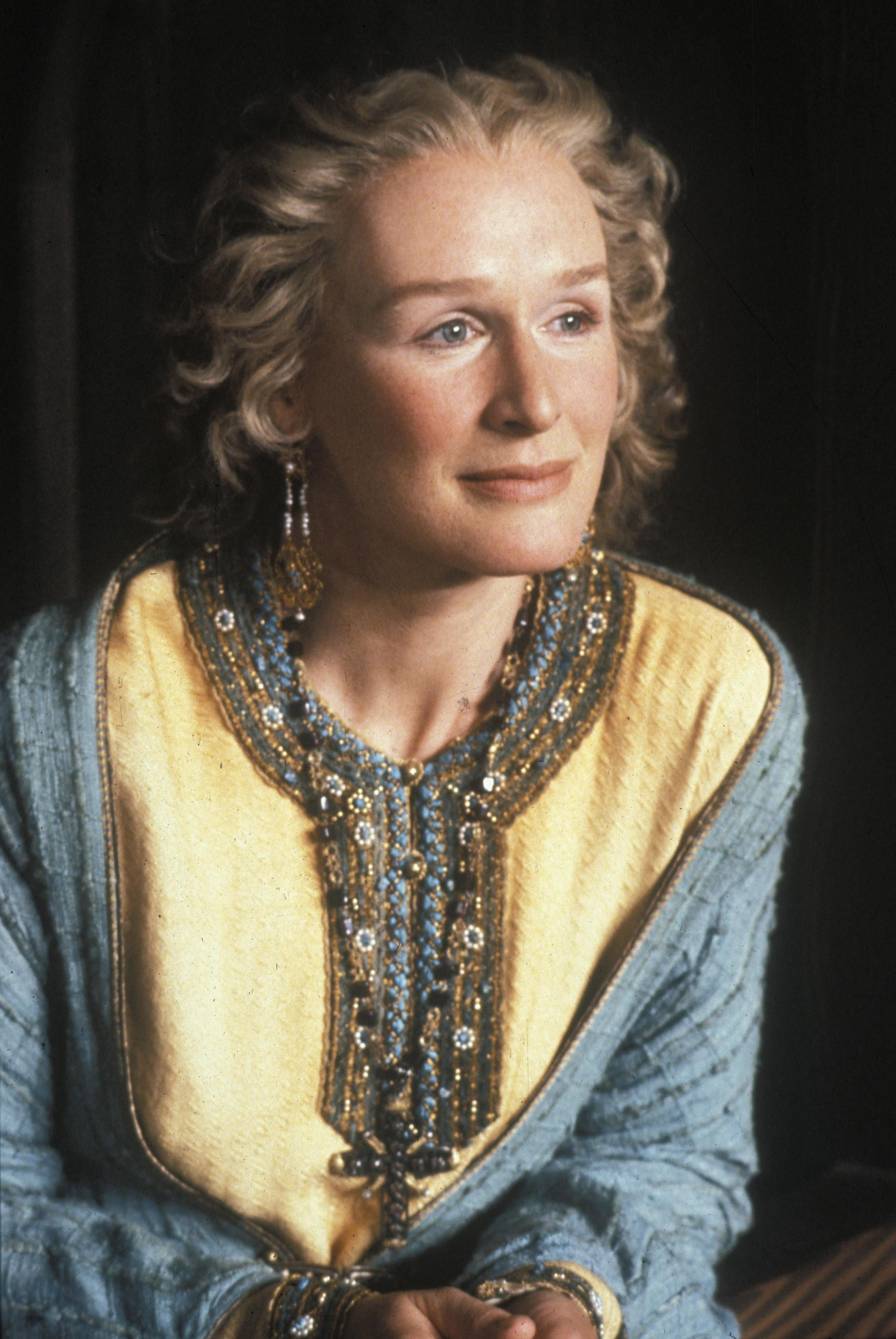 Glenn Close in Hamlet (1990)