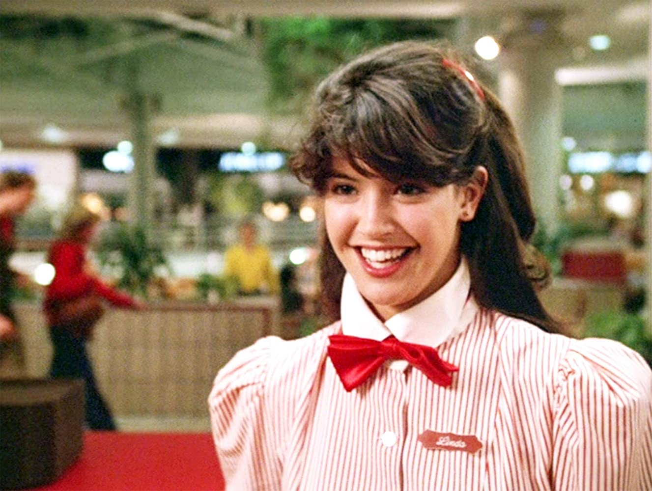 Phoebe Cates Nude Photos 41