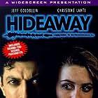 Jeff Goldblum and Alicia Silverstone in Hideaway (1995)