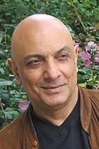 Daryush Shokof