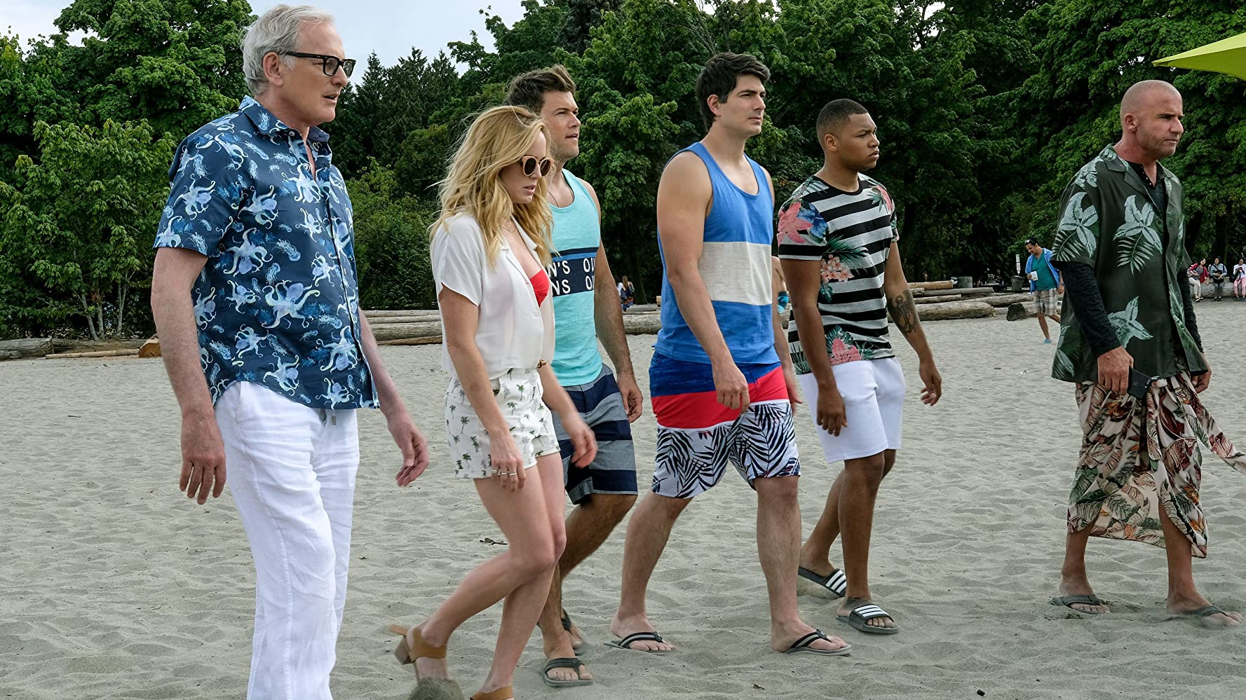 Victor Garber, Dominic Purcell, Brandon Routh, Nick Zano, Caity Lotz, and Franz Drameh in Legends of Tomorrow (2016)