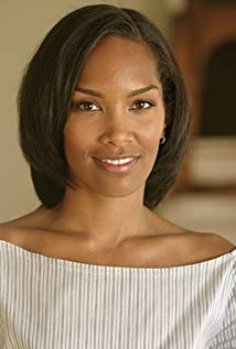 Mara Brock Akil Picture