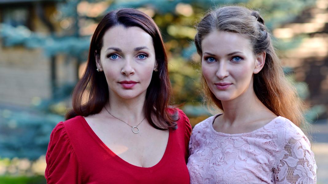 Svodnye sestry 2016 natalya antonova and ekaterina malyshenko in svodnye sestry 2016 publicscrutiny Image collections