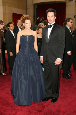 Sandra Bullock And Keanu Reeves At An Event For The 78th Annual Academy Awards 2006