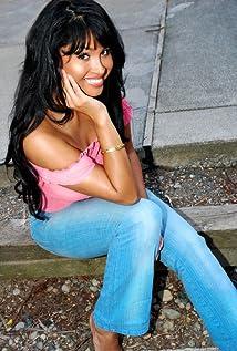 Somaya Reece Picture