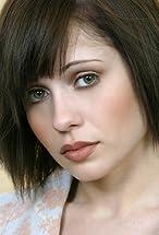 Erika Flores's primary photo