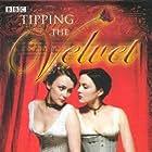 Tipping the Velvet (2002)