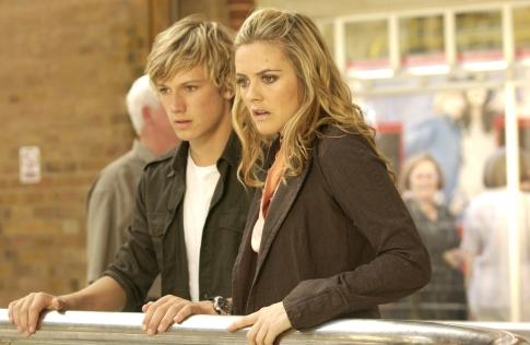Alicia Silverstone and Alex Pettyfer in Stormbreaker (2006)