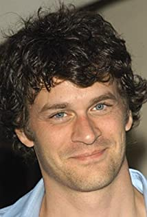 Tom Everett Scott Picture