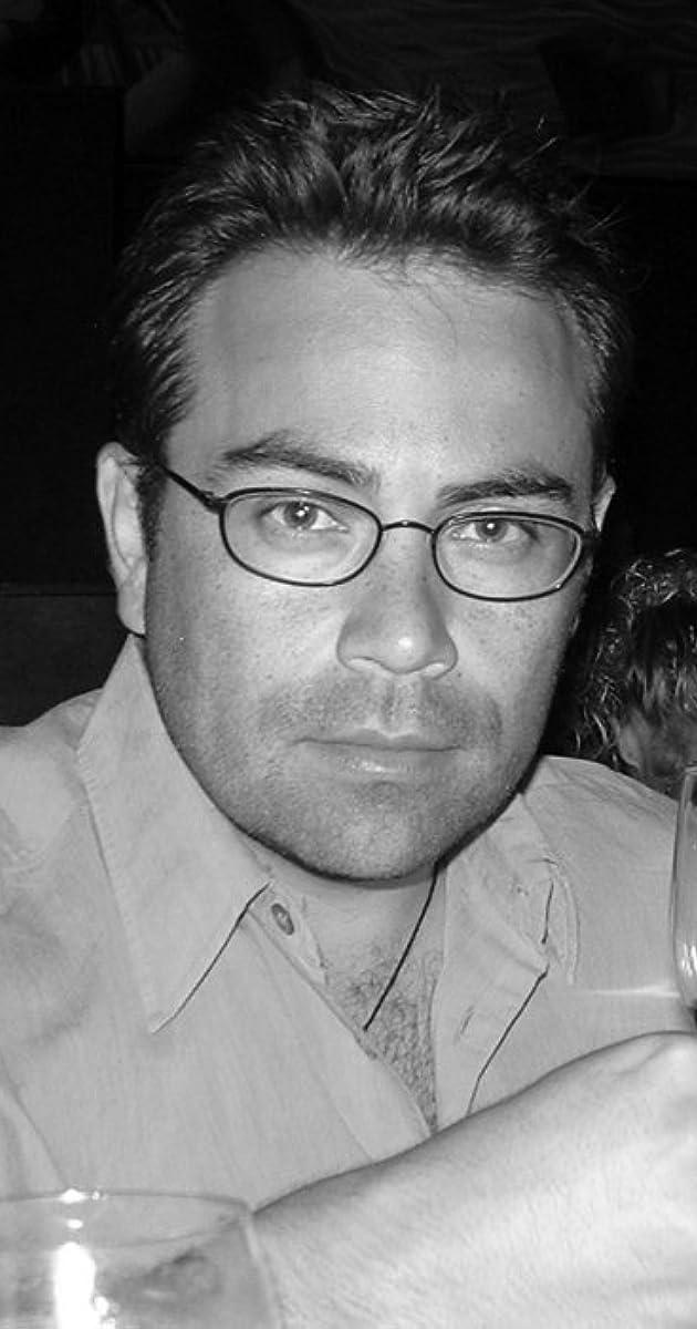 Robert Holguin - Biography - IMDb