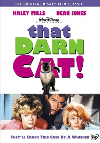 Hayley Mills, Dean Jones, Dorothy Provine, and Syn Cat in That Darn Cat! (1965)