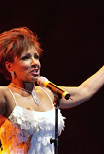 Shirley Bassey Picture