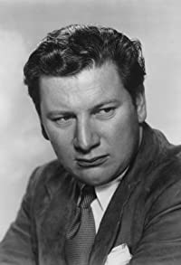 Primary photo for Peter Ustinov