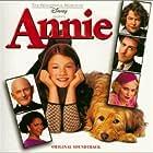 Kathy Bates, Alan Cumming, Victor Garber, Kristin Chenoweth, Audra McDonald, and Alicia Morton in Annie (1999)