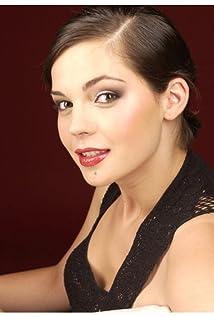 Maria Dinulescu Picture