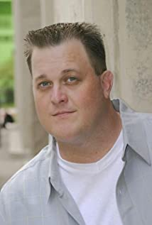 Billy Gardell Picture